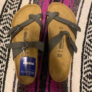 Brand new never worn Birkenstock sandals sz 38 8.5